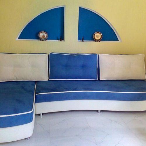 угловой диван синий